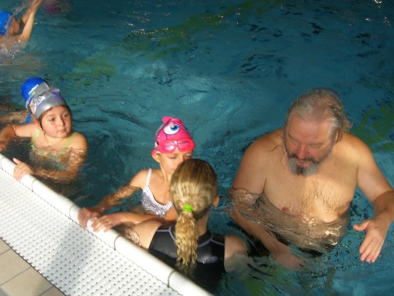 Prezeráte obrázky k článku: Základný plavecký výcvik žiakov 2. ročníka