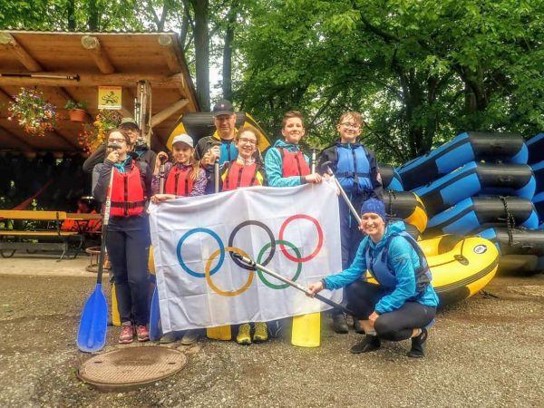 Prezeráte obrázky k článku: Olympijský deň - splav rieky Hron (VII. C)
