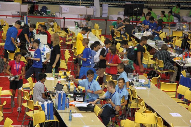 Prezeráte obrázky k článku: Majstrovstvá sveta RoboCup Junior 2015 - Hefei - Čína